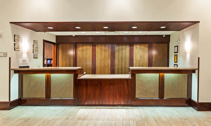 HOMEWOOD_SUITES_WICHITA_TX_FRONT_DESK