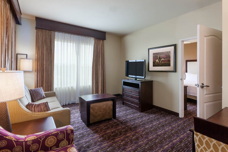 HOMEWOOD_SUITES_WICHITA_TX_ONE_BEDROOM_KING_SUITE